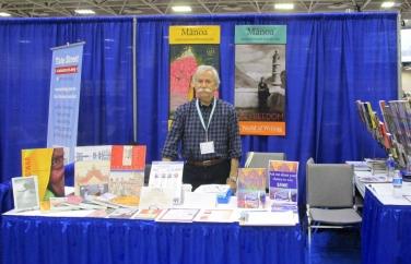 MANOA editor Frank Stewart